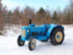 tractor-3450350_1920.jpg