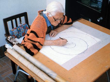 Maria Reiche: Textsplitter und Bilder aus ihrem Leben
