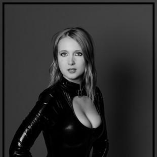 Model Beth