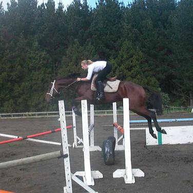 Trey & Jeni jump schooling