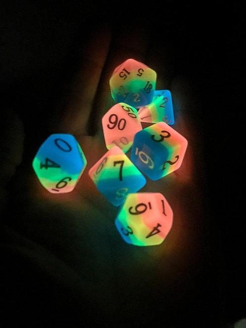 Rainbow Adventurer: Rainbow glow dice