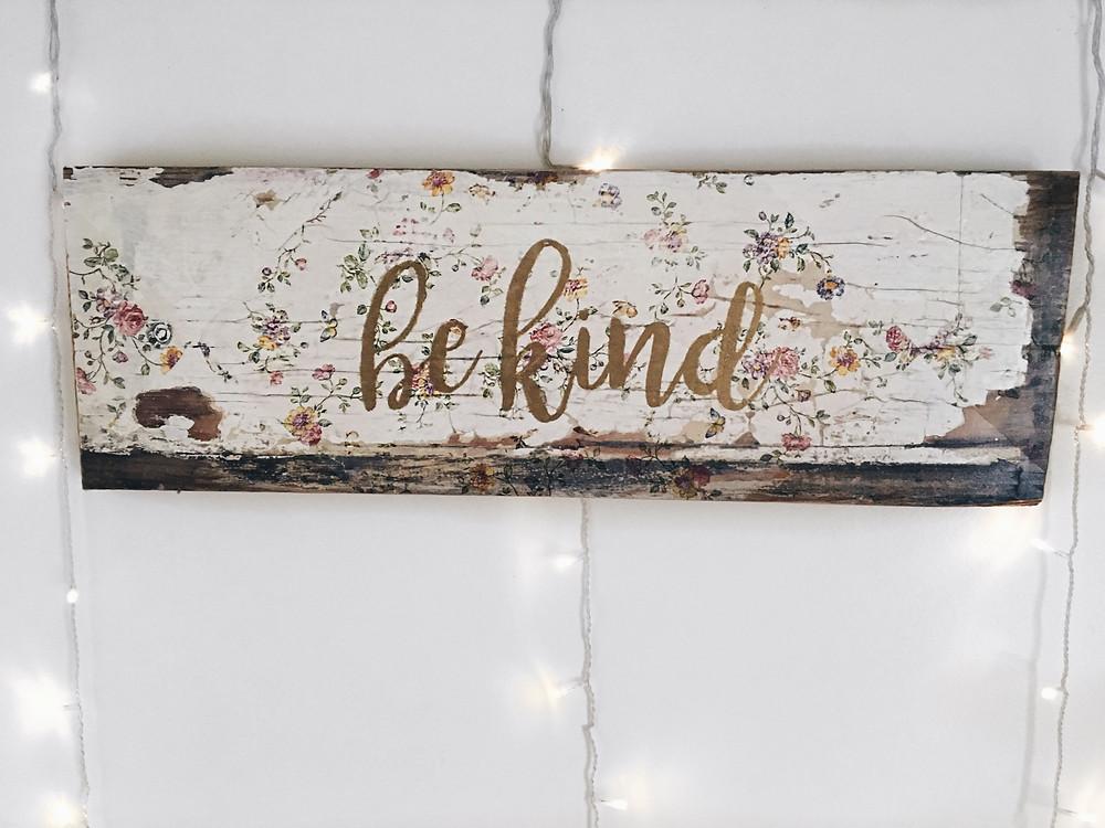 Distressed Sign, Distressed Decor, Floral, DIY, Handmade, Crafty