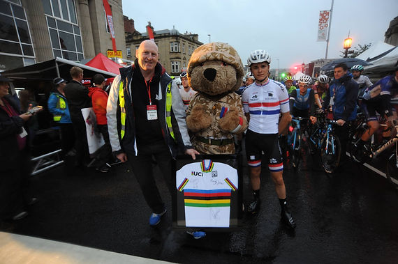 Mick Thornton, Tom Pidcock and Help for Heroes mascot