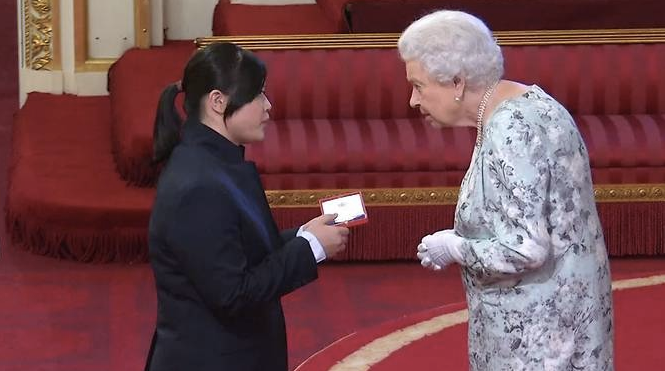 Yunquan and Queen Elizabeth II
