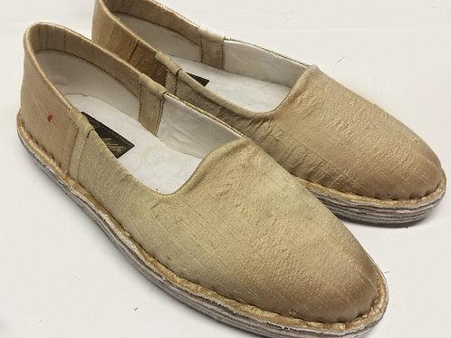 Pantofola shantung oro