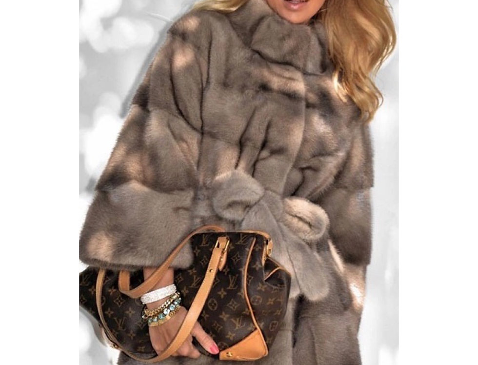PELLICCIA DI VISONE LUNGA CON CINTURA  / LONG MINK FUR WITH BELT