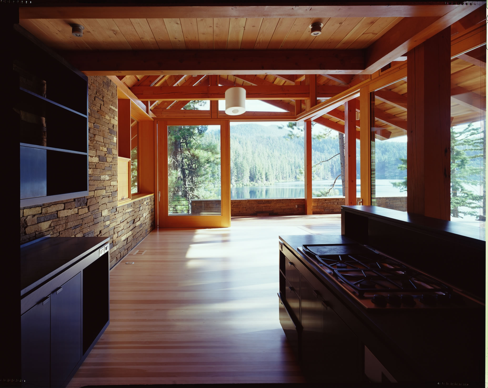Blue Lake House 001_jpg