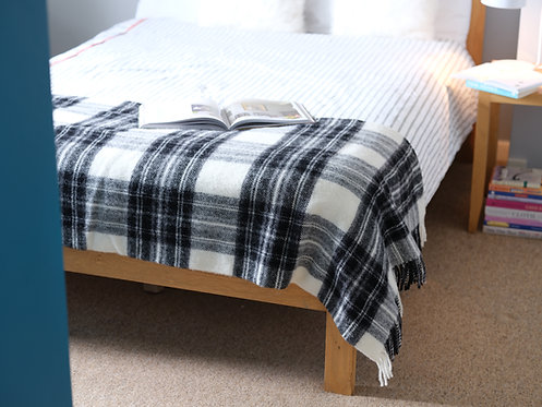Grey Dress Stewart Tartan Throw/Blanket
