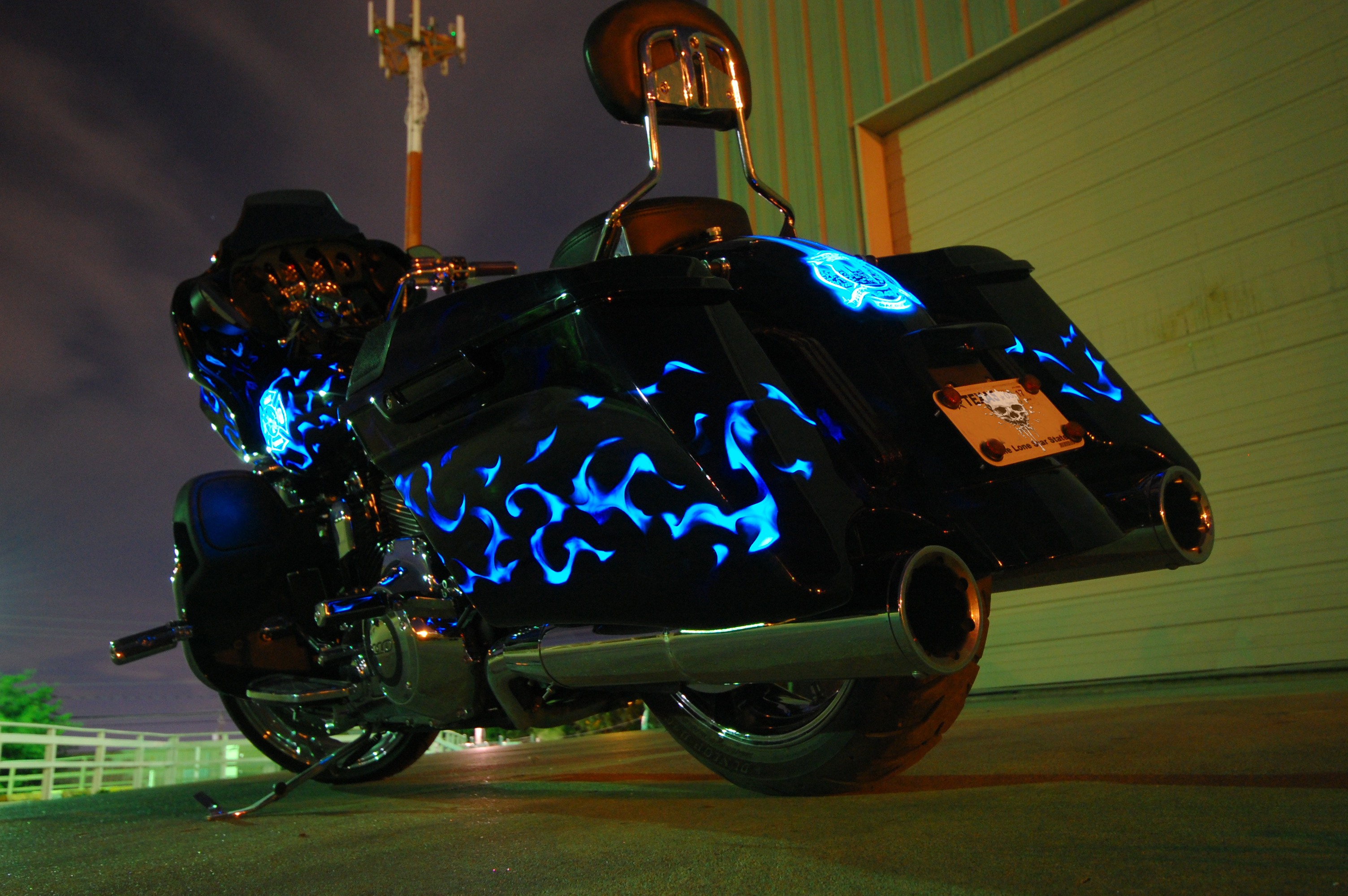 LumiLor Blue Fire Harley 18