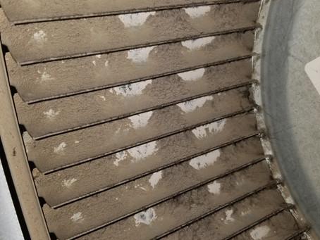 Le nettoyage du ventilateur de fournaise est important et particulièrement satisfaisant!