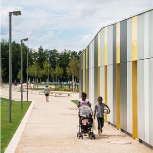 "Centro socioculturale ""Francois Rude"", Ermont, Francia"