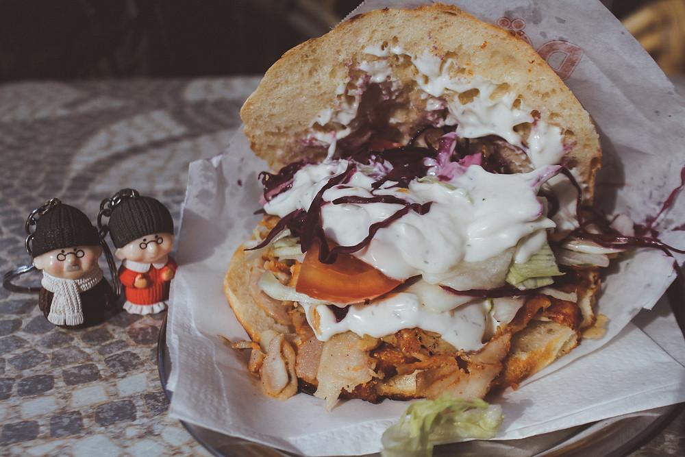 granny nanny burger kebab mayonaise in mannheim
