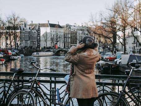 Amsterdam, NETHERLAND - Ảm đạm và Cuồng say