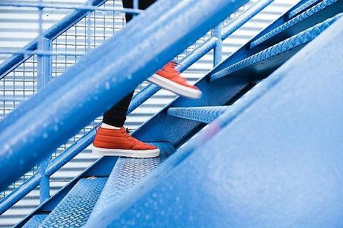 steps-1081909_640.jpg
