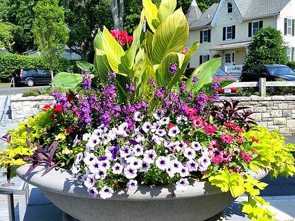 summer planter.jpg