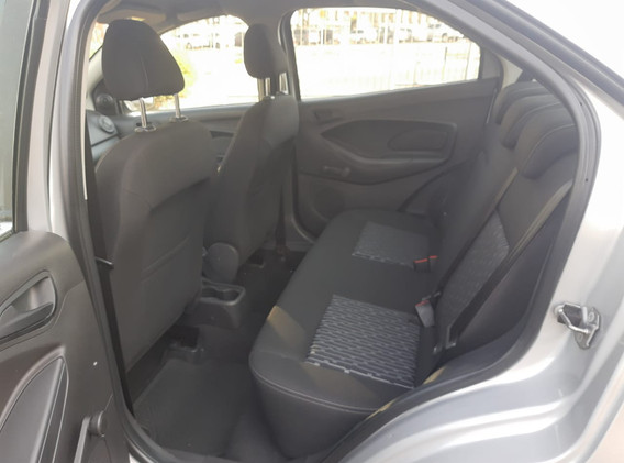 ford-ka-sedan-se-1.5-16v-prata-2018_fkr1563_08.jpg