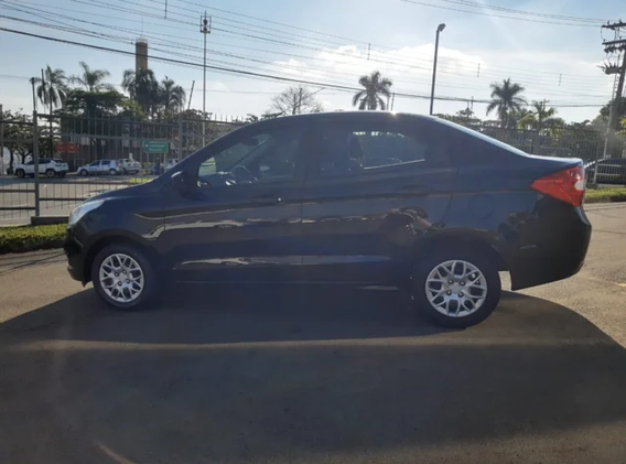 ford-ka-sedan-se-1.5-16v-flex-preto-2015_07.png