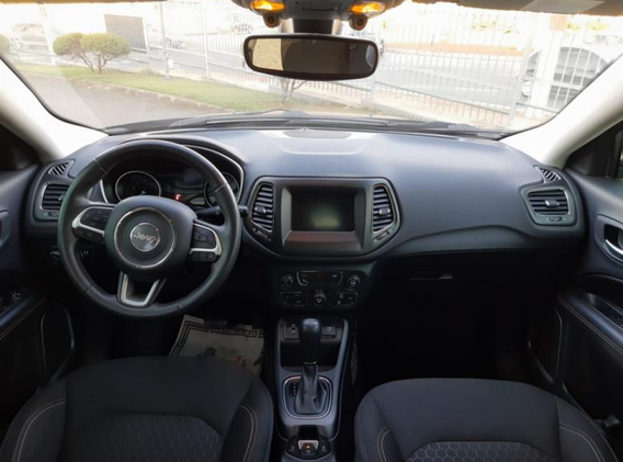 jeep-compass-2018-09.png