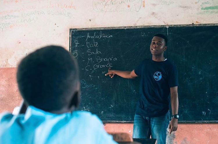 Atividade de sensibilização em escola. © Vasco Piçarra