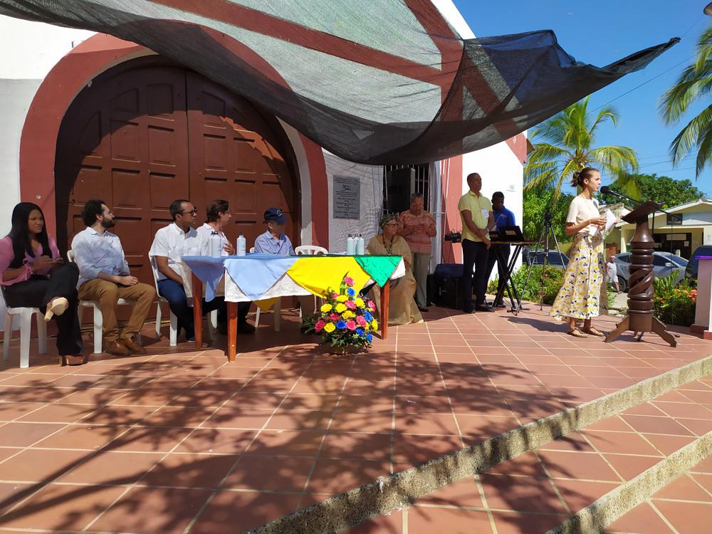 4_Fundacion_iguaraya_feria_de_exposicion