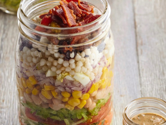 Salad Jars with Creamy Sundried Tomato Dressing
