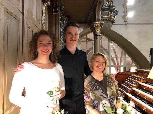 With cellist Kristaps Bergs and soprano Terēze Gretere