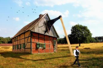 Die Axt im Haus erspart den Zimmermann klein.jpg