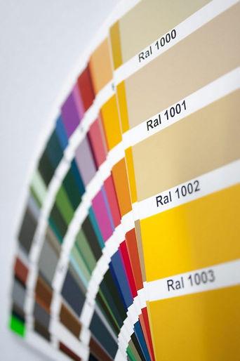 RAL-Farben-hochformat-682x1024.jpg
