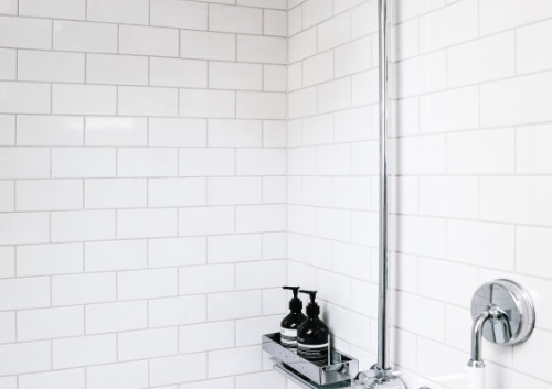 v_metrotile_bathroom_05.jpg