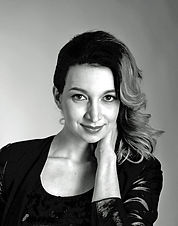 Silvia Olari13131Exportera_edited-1.jpg