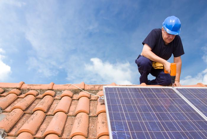 Onze opleidingsmodule 'Energiesystemen op het dak' volgen