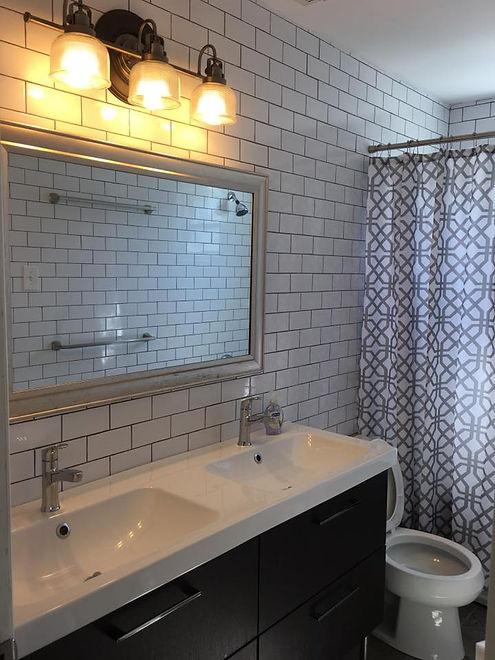 1150 Penn Bathroom