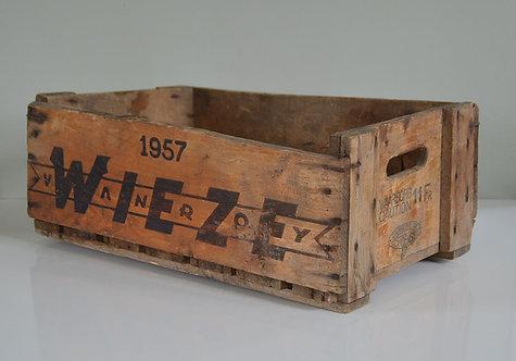 Houten kist van Wieze Pils Van Roy, 1957