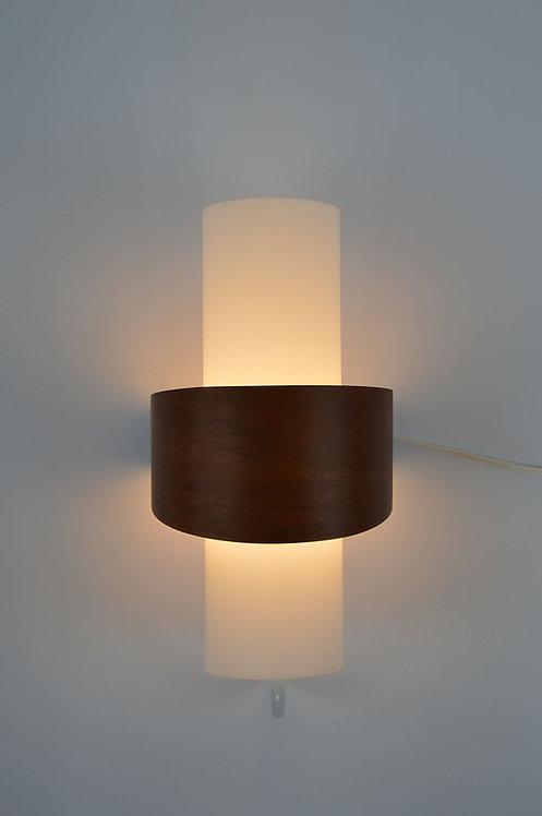 Prachtige wandlamp 'NX40' ontworpen door Louis Kalff (Philips), jaren '50