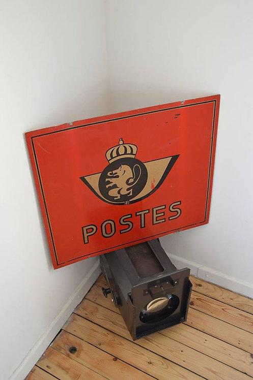 Decoratief metalen bord uit de tijd van de Belgische Posterijen