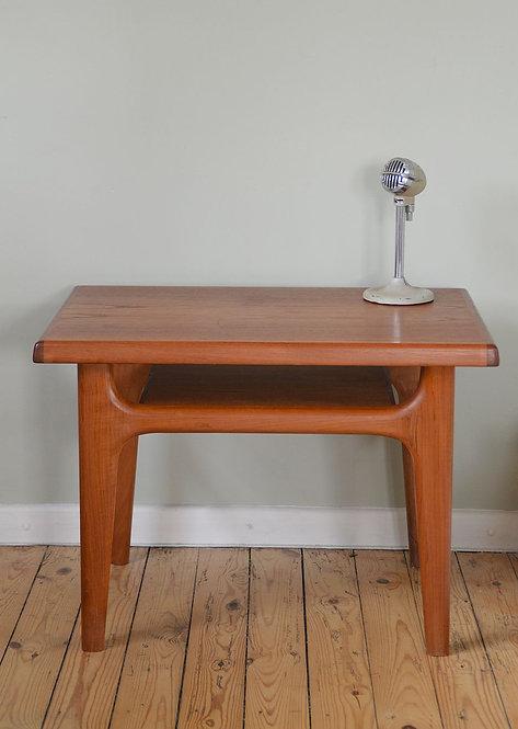 Deens design tafeltje van Niels Bach, jaren '60