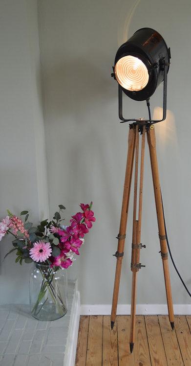 Stoere karaktervolle theaterlamp van het gerenommeerde Franse merk Cremer
