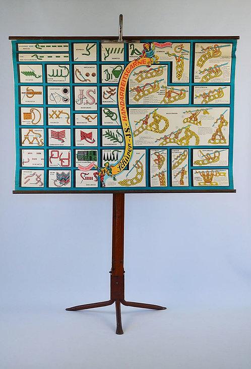 Prachtige educatieve kaart met handsteken voor borduren en haken, jaren '50