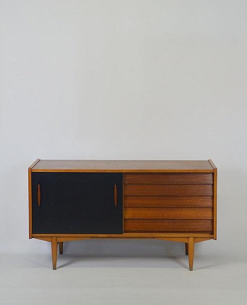 Zweedse sideboard ontworpen door Nils Jonsson voor Troeds, jaren '60