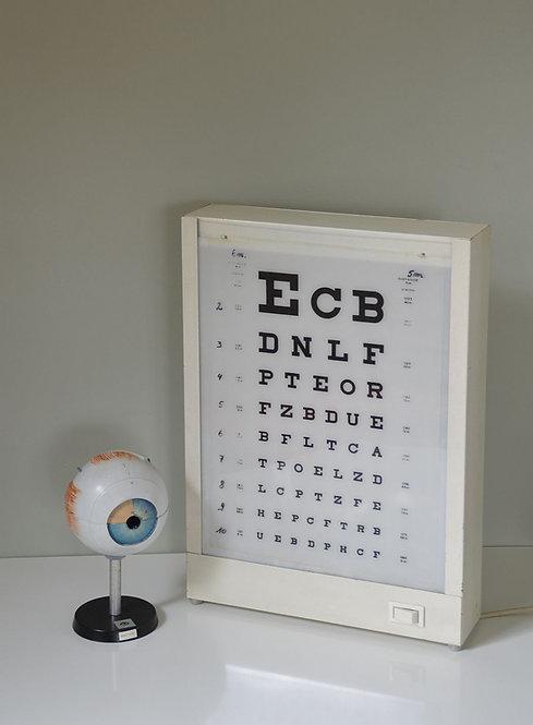 Lichtbak van optometrist in prima werkende staat