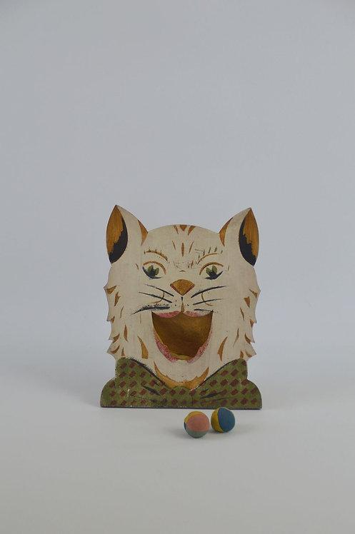 Antiek volksspel (gooispel) in de vorm van een kat