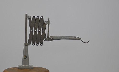 Handig industrieel werkinstrument in metaal
