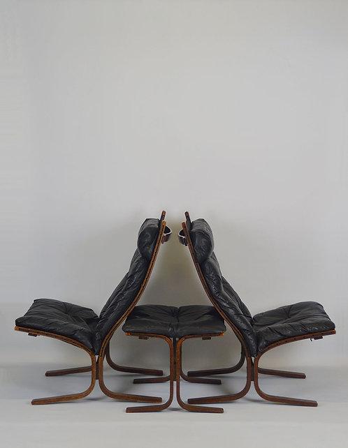 2 Noorse lounge chairs met ottoman van Ingmar Relling voor Westnofa