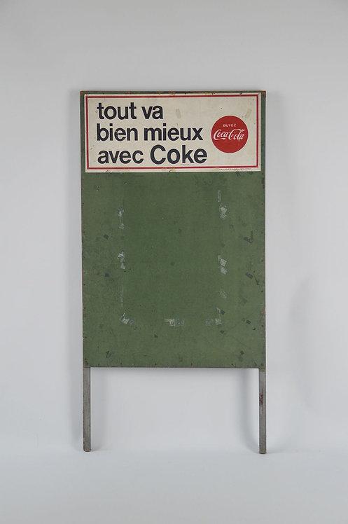 Authentiek houten krijtbord met reclame 'Coke' Coca-Cola, 1967
