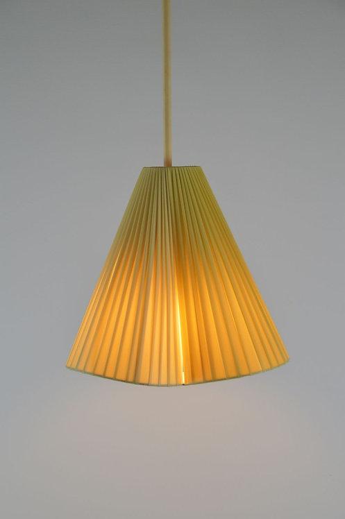 Leuk gevormde plissé hanglamp, jaren '50