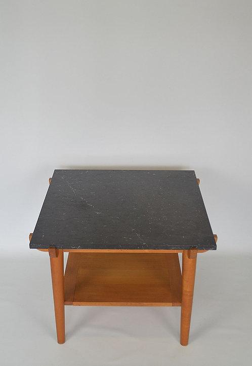 Vintage salontafel met marmeren blad en houten onderstel