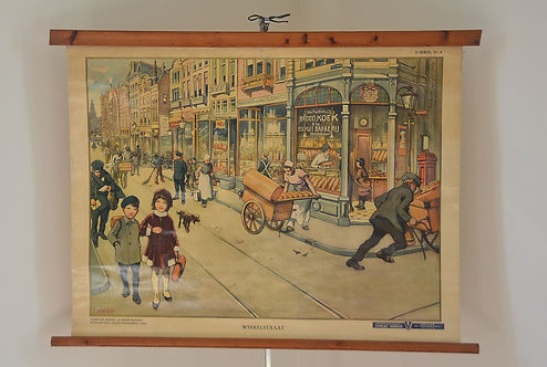 Gedetailleerde antieke schoolkaart 'Winkelstraat' op linnen, 1932