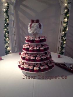 rose swirl wedding cake.jpg