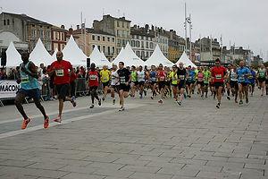 départ semi-marathon et 10km Mâcon
