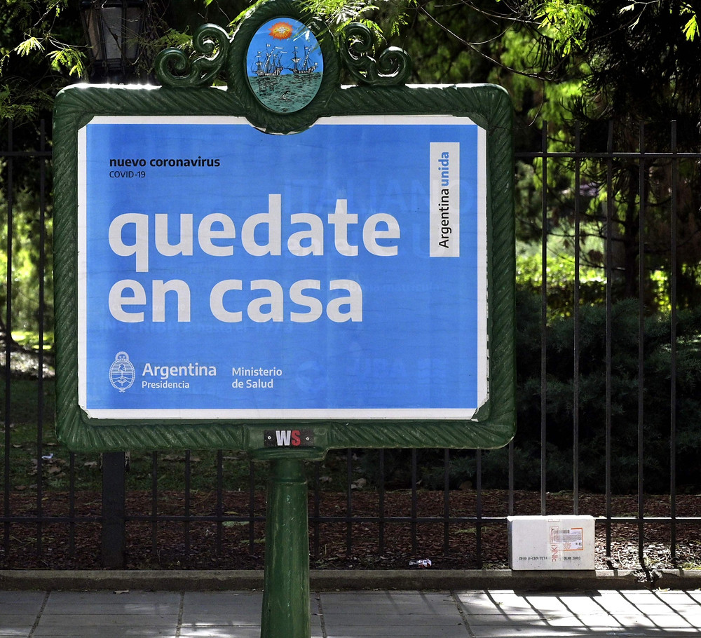 Cartel de Argentina sobre prevención Covis19